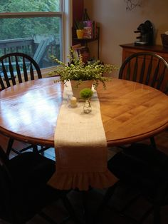 how to hem edges on burlap fabric with fusible webbing to make table runners (same can be applied to making burlap curtains/note to self: remember when making curtains to leave an extra 6 inches to create a rod pocket)
