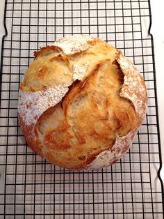 Yum. Easy no knead sourdough bread. You can totally do this, even if you don't know how to bake at all.