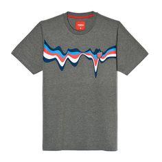 Koszulka LAVA MEDIUM HEATHER GREY Klasyczna, męska koszulka Prosto Klasyk z dużą grafiką na piersi. Na nadruk naszyta żakardowa tarcza. Ozdobne wykończenie wnętrza karku. Regularny, prosty krój. Lava, Heather Grey, Medium, T Shirt, Tee, Tee Shirt, Heather Gray, Medium-length Hairstyle