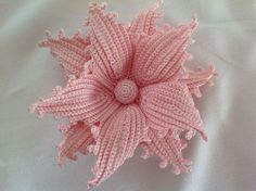 Watch The Video Splendid Crochet a Puff Flower Ideas. Phenomenal Crochet a Puff Flower Ideas. Crochet Puff Flower, Crochet Leaves, Form Crochet, Crochet Flower Patterns, Crochet Motif, Diy Crochet, Crochet Flowers, Lace Flowers, Fabric Flowers