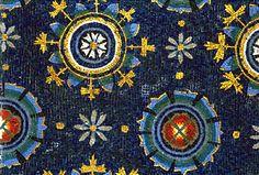 Mausoleum of Galla Placidia, Ravenna Mosaic Art, Mosaic Glass, Mosaic Tiles, Ravenna Mosaics, Roman Mosaics, Art Nouveau, Byzantine Art, Byzantine Mosaics, Mosaic Designs