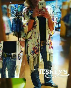 Excuse me while I play dress up with our new clothes!  I'm in LOVE with this new Kimono and concho belt!  Kimono:$32.99 (pictured is S/M) Concho Belt: $349.99 (Pictured is M)  Stay tuned for more outfits that are rolling in!! -Message for invoice. IG item only!  #Teskeys #boutique #instyle #Outfitoftheday #conchobelt #followyourarrow #westernfashion #fashion #Fashionista