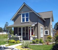 I love the build in details in Ross Chapin homes.... http://rosschapin.com/plans/small-houses/karina/