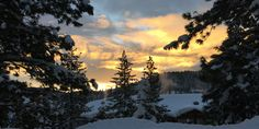Sierra Nevada Sunrise and Snowcaps - [OC][1024 x 527] -Please check the website for more pics