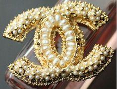 Chanel pearl diament brooch