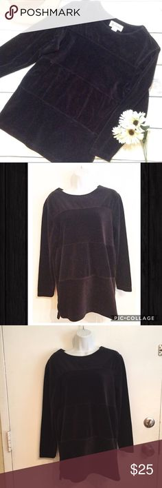 """VTG Black Velvet Paneled Sweater Tunic Black Velvet sweater with panels of black Ribbed material. Comfy cozy and textured. Size medium. Longer length. Measures 19"""" flat from armpit to armpit and 28"""" shoulder to hem.  #black #velvet #ribbed #textured #sweater #medium #comfy #cozy #vintage #punkydoodle  No modeling Smoke free home I do discount bundles Vintage Sweaters"""