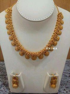 Wonderful Tips: Gold Jewelry Simple shipping jewelry packaging. Diy Jewelry Gold, Gold Jewellery Design, Dainty Jewelry, Etsy Jewelry, Bridal Jewelry, Jewelery, Jewelry Box, Kids Jewelry, Glass Jewelry