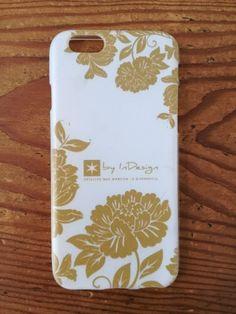 Funda de móvil de flores dorada #phonecase  #wedding #weddingstationery #boda #papeleríadeboda
