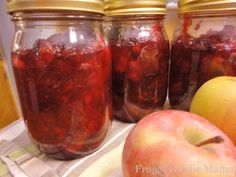 Cinnamon Spiced Apple-Cranberry Jam via thefrugalfoodiemama.com- make some now for fabulous holiday gifts! Also great to use in place of cranberry sauce at Thanksgiving dinner. #cranberry #apple #jam #recipe