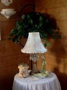 Kim's cute and cozy cottage...inside | Flea Market Gardening