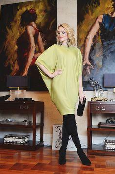 #Платье-блуза #UONA. Вечерняя коллекция. Универсальная вещь в гардеробе любой модницы. Состав: 100% вискозный трикотаж. 7500₽. #платье #блуза #вечерняямода #одежда #купитьплатье #musthave #платьенавыход #мода #весна #российскиедизайнеры #стильноеплатье