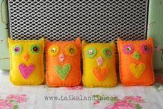 Felt Owl Brooch, Owl Brooch With Heart, Owl Jewelry, Kids Brooch, Colorful Owl Brooch, Felt Owl Pin, Handmade Felt Brooch, Kawaii Owl Brooch
