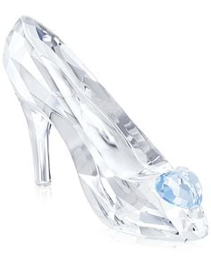Exquisite Crystal Image of Disney Princess Cinderella Glass Slipper Disney Figurines, Glass Figurines, Collectible Figurines, Swarovski Crystal Figurines, Swarovski Crystals, Cinderella Slipper, Glass Shoes, Magical Jewelry, Accesorios Casual