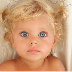 Most beautiful faces, cool eyes, precious children, beautiful children, bea Most Beautiful Eyes, Beautiful Little Girls, Beautiful Children, Beautiful Babies, Pretty Eyes, Cool Eyes, Baby Kind, Baby Love, Cute Kids