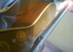 I love to play the guitar. Now I learned to play Solamente tú by Pablo Alborán. ♥