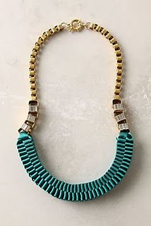 DIY anthropologie accordian necklace About 1 hour and BEAUTIFUL and could make in black, blue, make one for Cassy or Rosa!