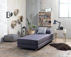 Jysk Majled kerma/musta kuviollinen rahi Interior Design Living Room, Living Room Decor, Bedroom Decor, Small Space Interior Design, Scandinavian Living, Minimalist Interior, Daybed, Home Decor, Ikea