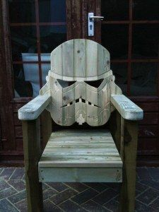 Stormtroopers, Geek Home Decor, Man Cave Accessories, Lawn Chairs, Pallet Chairs, Wood Projects, Geek Stuff, Diy Stuff, Woodworking
