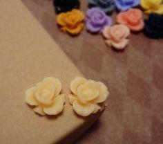 SALE  20pcs of Matte Light Peach  Rainbow Iris Rose by CMVision