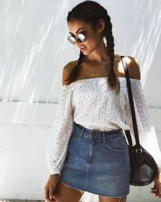 35 Stunning Spring Outfit Ideas For The Year 2017 #style_inspiration_skirt