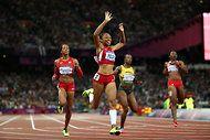 Allyson Felix: Gold in 200 Meters