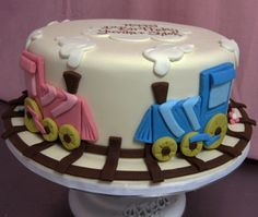 single tier train cake by Amanda Oakleaf Cakes, via Flickr