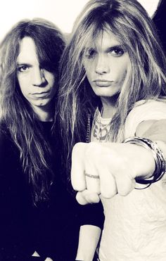 Skid Row.. Sebastian Bach!!!!!! Sebastian never ages, he still looks that pretty.