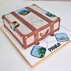 Bolo mala de viagem - Suitcase cake