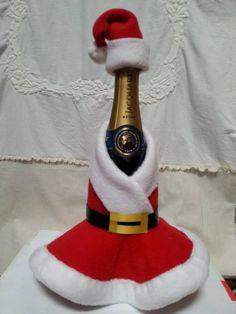 Christmas Gift Box, Christmas Sewing, Noel Christmas, Christmas Crafts For Kids, Xmas Crafts, Christmas Projects, Simple Christmas, Christmas Decorations, Ribbon Decorations
