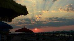Ci godiamo il tramonto di una caldissima giornata! #termoli #spiaggiapanfilo #sunset