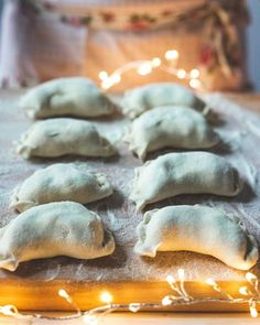 Makowiec przepis | PrzepisyTradycyjne.pl Dumplings, Stuffed Mushrooms, Vegetables, Pierogi, Recipes, Food, Christmas, Stuff Mushrooms, Xmas