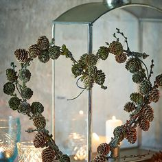 Winter Wonderland Christmas, Woodland Christmas, Christmas Mood, Pine Cone Crafts, Diy And Crafts, Christmas Crafts, Christmas Decorations, Xmas Wreaths, Easter Wreaths