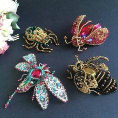 Regrann from @borisova.jewelry - Собрались насекомыши в дорогу! Отправляются в Москву, к доброй и очень талантливой Надежде! Все проданы заказы не принимаю #брошьжук3d#брошьмотылек#брошьстрекоза#handmadejewellery#handmadebiser#handmadeplaneta#handmade_ru_jewellery#fabbyfeed#hand_made_gold1#handmade_fifi#space_hm#biser_prodaja#shk_idei#mycreative_world#for_hmp#handmade_vse#youfromme - #regrann