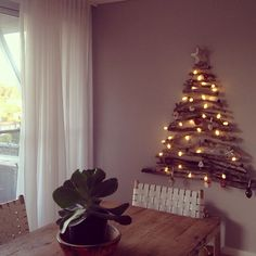 Our driftwood Christmas tree.