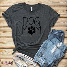 Calling ALL dog moms, you need this shirt! #TheBrazenBoutique #jelizabethboutique