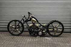 THE $250,000 GOLD-DIGGER MOTORCYCLE IS THE WORLD'S FIRST BIKE WITH 30-INCH WHEELS