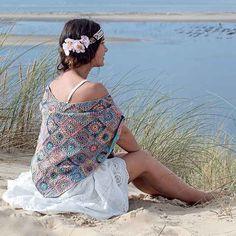 Châle au crochet teintes pastel hippie chic pour l'été