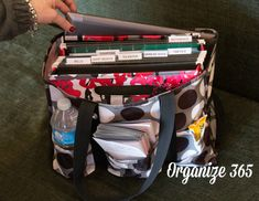 A zippered organizing utility tote makes a great office on the go. #Org31