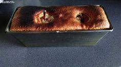 Quatre quart aux poires fourrées praliné Quatre quart aux poires fourrées praliné, n'hésitez pas à cliquer sur les photos  Pour le gâteau 150 g de beurre 150 g de sucre 150 g de farine 150 g d'œufs (environ 3 œufs) 1/2 sachet de levure Avec le fouet du...