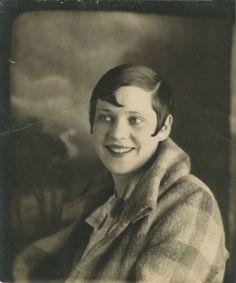 1920's, via Vintage Photobooth