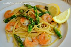 ~Stella B's Kitchen: Shrimp Scampi with Pan Roasted Asparagus & Linguine