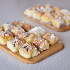 Czech Recipes, Ethnic Recipes, Kolache Recipe, Tasty, Yummy Food, Bread And Pastries, Bakery Recipes, Summer Recipes, Cheesecake