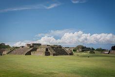 2014-10 Monte Alban Oaxaca Mexico. #toptravelspot #mexico #oaxaca #montealban #archeology #zapotec #precolumbian #unescoworldheritage #instantraveling #instadaily #travelphotography #travelgram