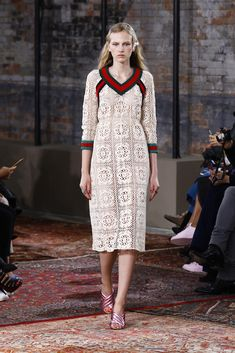 LOOK | 2016 PRE-SPRING COLLECTION | GUCCI | COLLECTION | WWD JAPAN.COM