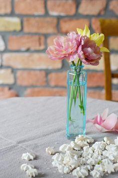 Baiser flowers.