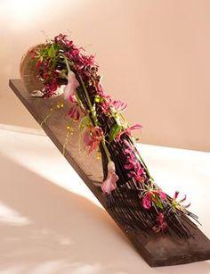 Advent, High Art, Arte Floral, Center Table, Ikebana, My Flower, Contemporary Design, Floral Arrangements, Glass Vase