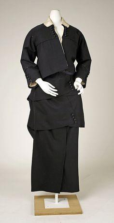 1914 wool American suit.