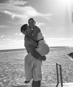 Cute Couple Selfies, Cute Couples Photos, Cute Couples Goals, Couple Pictures, Tall Boyfriend, Boyfriend Goals, Couple Goals Relationships, Cute Relationship Goals, The Love Club