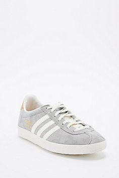 Adidas - Baskets Gazelle en daim gris - Urban Outfitters