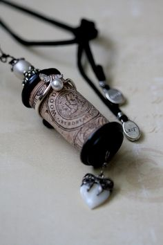 Cork Bella Vintage - Black Edwardian- This would be great to do with the cork from a wedding bottle of wine or even your fav. wine